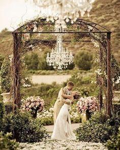 forest weddings | Wedding Inspiration | Wedding Decor | Ideas