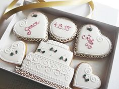Personalised Wedding Cookie Gift Box Free UK by CookieArtLondon