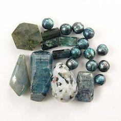 Kyanite - Labradorite - Dendrite - Pearls