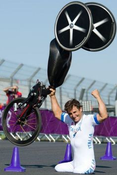 "ESPN - ""Former F1 racer, Alex Zanardi, lost his legs in 2001. Yesterday, he won Paralympics gold. "" (September 6, 2012)"