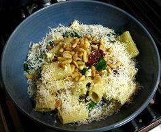 Spinach, Feta & Sundried Tomato Pasta