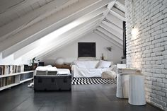 attic bedroom with glass roof, white, stripes!