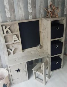 Handmade Furniture, Kids Furniture, Kids Table With Storage, Avengers Room, Woodworking Projects, Diy Projects, Bois Diy, Kids House, Furniture Makeover