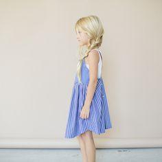 Girls APRON DRESS SIze 6 to 7