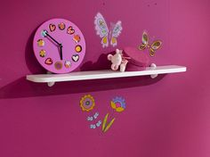 Décorez, accessoirisez au gré de vos envies ! Toy Chest, Storage Chest, Clock, Toys, Wall, Furniture, Collection, Home Decor, Nursery