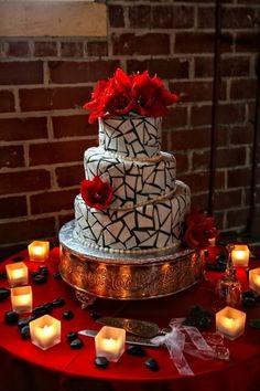 Amaryllis cake decor