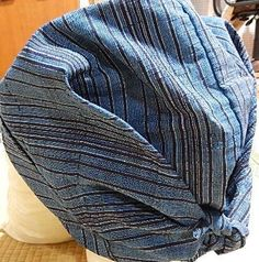 さっとカブリーナ - 牛歩母日記 - Yahoo!ブログ Turban Hat, Fabric Scraps, Hand Sewing, Sewing Crafts, Weaving, Hands, Handmade, Yahoo, Fashion