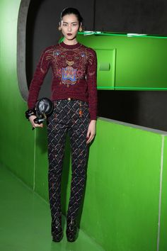 Collections - KENZO Women Fall Winter 2012 fashion show collection