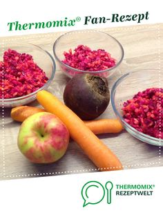 Rote Bete-Möhren-Apfel-Rohkost – Rezept des Tages vom 2015 Beetroot-Carrots-Apples-Raw-Food – Recipe of the Day of 2015 from hugfisch. A Thermomix ® [. Radish Recipes, Roast Recipes, Apple Recipes, Raw Food Recipes, Healthy Recipes, Appetizer Salads, Vegan Appetizers, Whole Rabbit Recipe, Roasted Rabbit Recipe