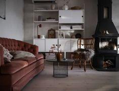Barnrumstips för My home - Studio Elwa Home Studio, Kiosk, House Tours, Diy And Crafts, Couch, Barn, Inspiration, Furniture, Design