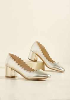 Scallop Gallivant Metallic Heel