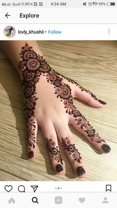 Here are stylish and latest Simple Back Hand Mehndi Designs, Choose the best. Finger Henna Designs, Basic Mehndi Designs, Back Hand Mehndi Designs, Mehndi Designs For Girls, Mehndi Designs For Beginners, Wedding Mehndi Designs, Mehndi Designs For Fingers, Beautiful Henna Designs, Latest Mehndi Designs