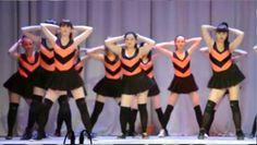 Baile sensual de estudiantes de secundaria provoca indignación social