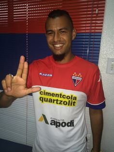 Com Tinga e Ricardo Jesus, Chamusca relaciona 23 jogadores mirando Icasa…