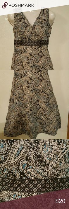 Coft & Barrow Paisley print 6p dress.Has some stretch  Underarm to bottom is 30' long it has 2 side pockets 12' zipper on side.v shape front .It also has a little flare at the end . Used in good condition. Please view pictures for closer view. Dresses Midi