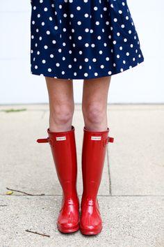 Red hunter boots / polka dot dress