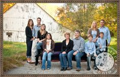 large family photo shoot color - Google Search Large Family Poses, Family Posing, Family Photos, Couple Photos, Mother Daughter Pictures, The Fam, Photo Shoot, Photo Ideas