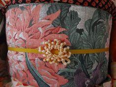 菊の帯留め