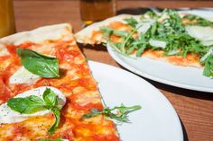 Pizza at L'Osteria, Leopoldstr