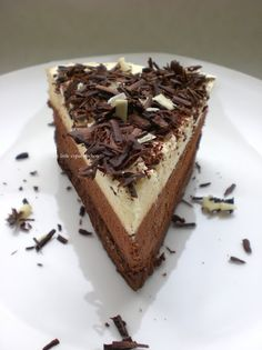 Triple Chocolate Mousse Cake: My Little Expat Kitchen This is the best, have had it many times. Triple Chocolate Mousse Cake, Chocolate Torte, Flourless Chocolate Cakes, Chocolate Desserts, White Chocolate, The Joy Of Baking, Cake Recipes, Dessert Recipes, How To Make Cheesecake