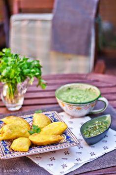 La cocina de Tesa: Empanadas colombianas con ají picante y guacamole Colombian Food, Food Facts, Guacamole, Delish, Food And Drink, Appetizers, Favorite Recipes, Meals, Ethnic Recipes