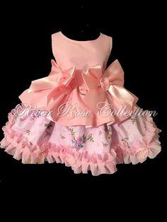 Ves Dog Dresses, Little Girl Dresses, Cute Dresses, Girls Dresses, Flower Girl Dresses, Elegant Dresses, Beautiful Dresses, Doll Clothes, Men Clothes