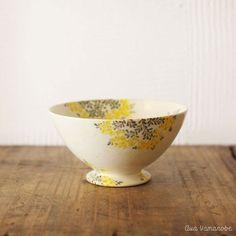 WORKS | Aya Yamanobe Japanese Ceramics, Japanese Pottery, Pottery Bowls, Pottery Art, Ceramic Plates, Ceramic Art, Khadra, Pottery Designs, Plates And Bowls