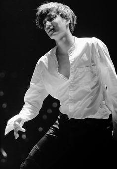 Can't keep eyes off you Kai! Suho, Kaisoo, Exo Kai, Rapper, Kim Minseok, Dancing King, Learn To Dance, Chen, Boy Bands