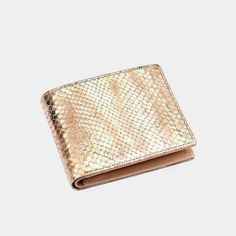 Luxury Gifts for Men, Wallets, Handbags Mens Wallets Uk, Luxury Mens Wallets, Men's Wallets, Mens Leather Accessories, Fashion Accessories, Mens Travel, Coin Wallet, Leather Bifold Wallet, Modern Fashion