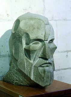 Busto de Gaudí, de Josep Mª Subirachs -