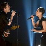 """Grammys 2013: Adam Levine Brings The Falsetto """"Fire"""" To Maroon 5′s Pairing With Alicia Keys"""