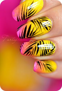 nail art palmier cocotier Plus
