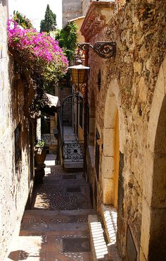 Taormina, Gasse beim Corso Umberto I. (alley next to Corso Umberto I.),Italy
