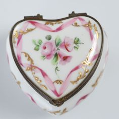 LE TALLEC PARIS FRANCE PORCELAIN SIGNED HAND PAINTED FRENCH LIMOGES BOX HEART