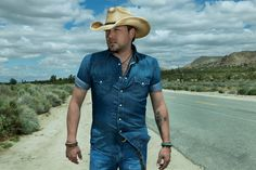 Jason Aldean teases fans about Jan 9th announcement with a series of photos