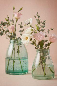 décoration vase en verre à bulles d'oxtgène en composition d'eustomas rose