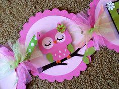 Tonos de color de rosa y verde buho feliz por BNGCraftyCreations