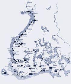 Venäläisten joukkojen sijoitus ja Suomen rautatieverkko 1917 Finnish Civil War, Map Pictures, Antique Maps, Geography, Finland, Diagram, Military, Knowledge, Army