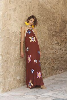 Vogue Fashion, Boho Fashion, Fashion Dresses, Mochi, Bohemian Style, Boho Chic, Kaftan Designs, Estilo Hippie, Mode Boho