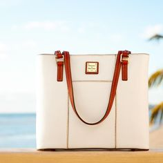 Dooney & Bourke | Must Have Fashion    White| White Handbag | White Accessory | White Accessories | White Purse | Fashion | Style White Handbag, White Purses, Hermes Kelly, Dooney Bourke, Bag Making, Purses And Bags, Jewelry Accessories, Handbags, White White