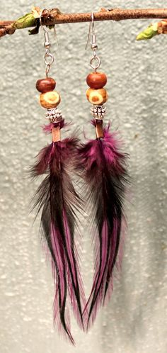 Purple laced rooster feather earrings by PlumaHandmade on Etsy