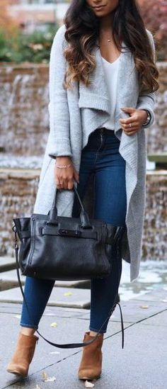 #winter #fashion / oversized gray cardigan + booties