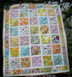 Central Park Quilt.  Fabrics used were Central Park by Kate Spain and white kona.