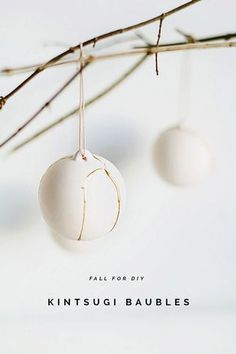 DIY Kintsugi Gold Fixed Christmas Baubles | Fall For DIY