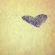 ♥ Child's figerprint - Absolutely getting this with my kids fingerprints behind my ear