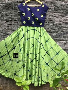 Kids Dress Wear, Kids Gown, Little Girl Dresses, Girls Dresses, Kids Ethnic Wear, Kids Blouse Designs, Kids Frocks Design, Kids Dress Patterns, Half Saree Designs