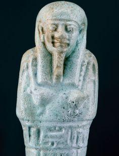 Egyptische faience Shabti voor de priester van Smentet Pa-Di-Osiris - ca. 13 cm a. 512 inch  Een van de mooiste voorbeelden van de shabti van de Pa-Di-Osiris.Materiaal: FaienceAfmeting: Hoogte: ca. 13 cm a. 512 inchVoorwaarde: zie foto video en de links.Late periode 26e - 30e dynastie 664-332 v.Chr.Zie: Volledig scherm YouTube: https://www.youtube.com/watch?v=P_6Hdl_WEvsZie: hoge resolutie foto: http://ift.tt/2t3ZMOT extra afbeeldingen gelieve mij te contacteren: andreas.vdb (at) gmx.deHet…