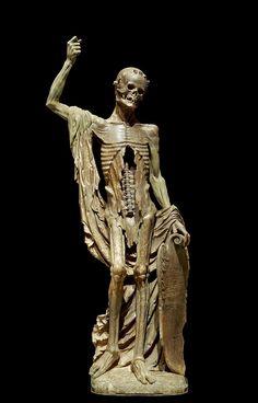 « La Mort Saint Innocent », statue d'albâtre présente au cimetière des Innocents de 1530 à 1786 Sculpture Art, Sculptures, Roman Sculpture, Les Innocents, Native American Mythology, La Danse Macabre, Louvre Museum, History Images, Art History