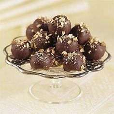 Looking for a sweet way to show your affection on #Valentine's Day? Try our #Bourbon #Truffles from Williams-Sonoma.com - Click here for the recipe: bit.ly/ADslzQ