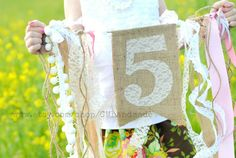 AGE or INITIAL BIRTHDAY banner (burlap & lace) - cute idea!